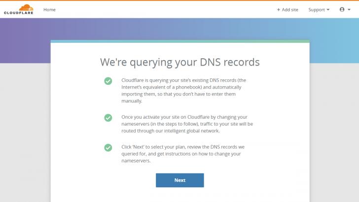 Tela informando que as entradas de DNS estão sendo lidas pelo CloudFlare