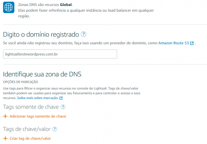 Configuração do domínio no DNS do Amazon Lightsail.