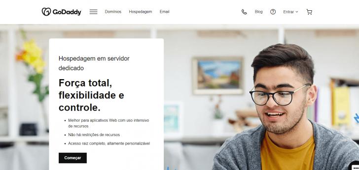 Página de servidores dedicados no site da empresa