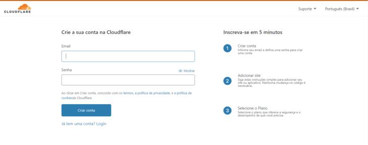 O cadastro no CloudFlare exige apenas um e-mail e uma senha